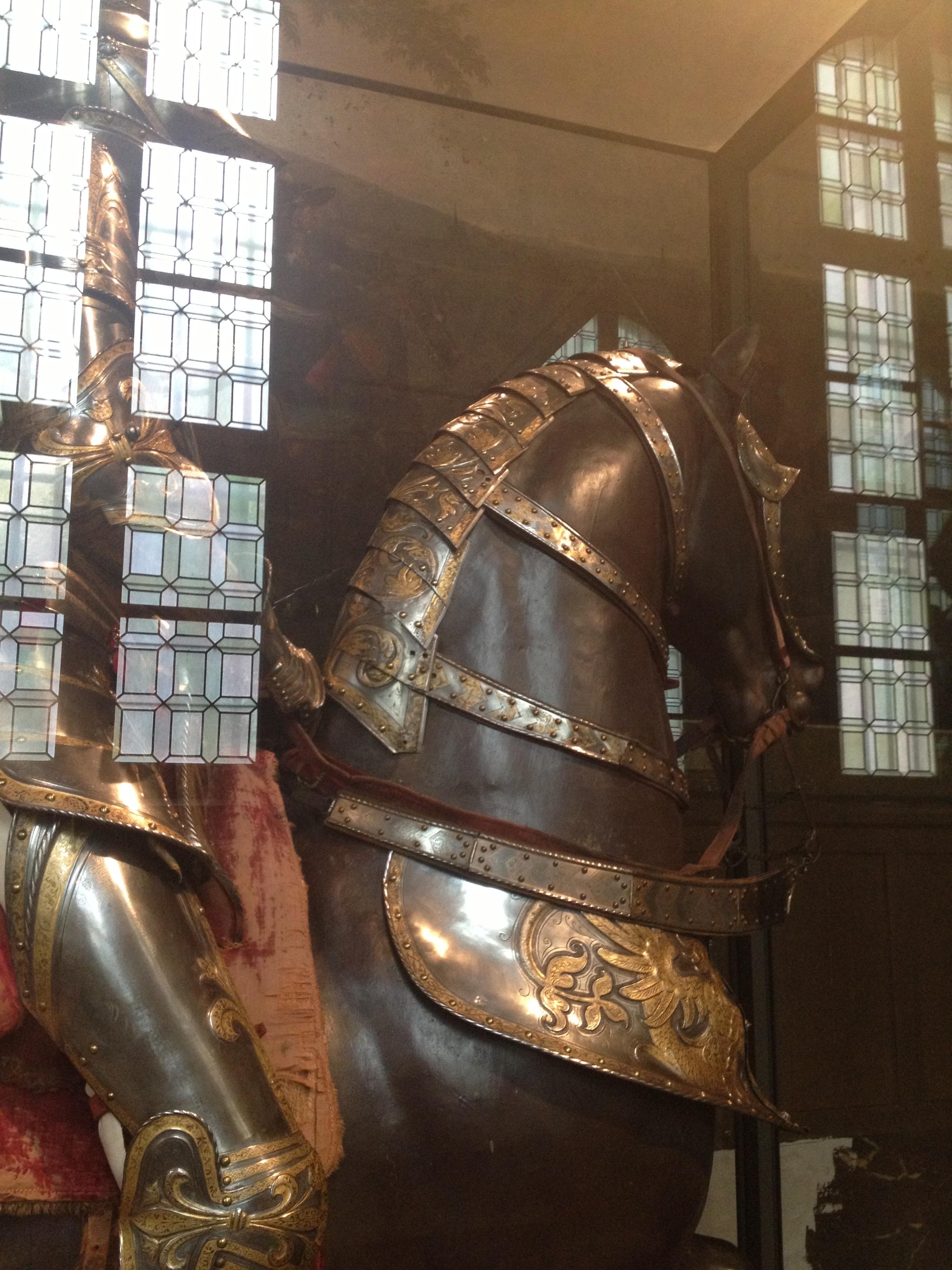 armure de François Ier détail encolure cheval